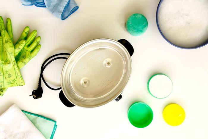 Cómo limpiar tu slow cooker o crock pot