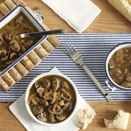 Receta de champiñones guisados en Crock Pot. Recetas de cenas para crock pot
