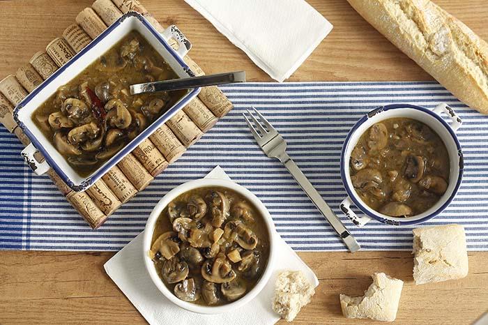 Receta de champiñones guisados en Crock Pot