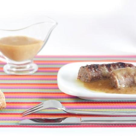 Receta de butifarra al vino blanco en Crock Pot. Recetas de cenas para crock pot