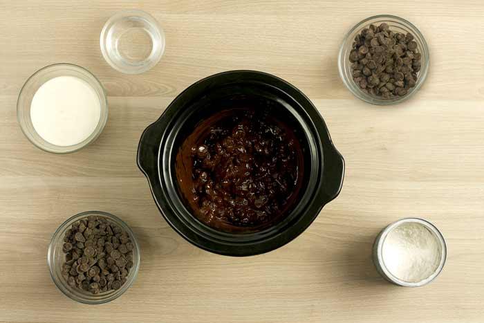 Turrón de trufa a la naranja. receta de Navidad en Crock Pot