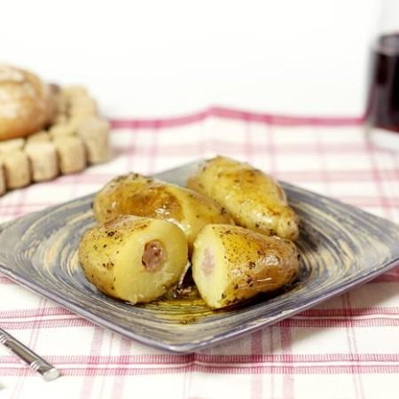 Patatas rellenas de salchichas. Recetas de cenas para crock pot