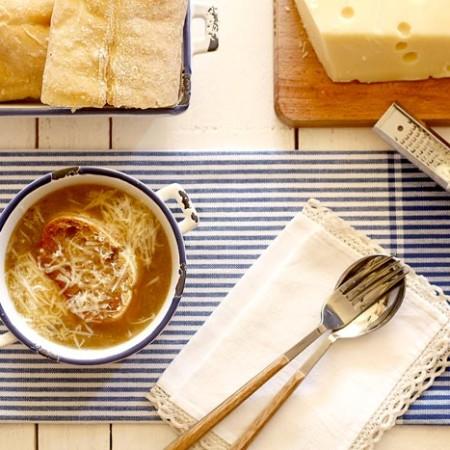 Sopa de cebolla. Recetas de cenas para crock pot
