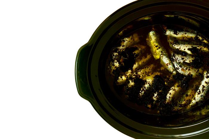 Sardinas con tapenade. Receta para Crock Pot