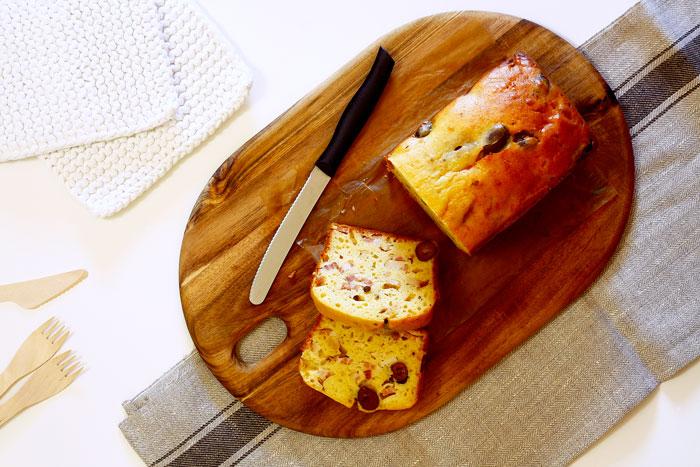 Bizcocho de brie, bacón y aceitunas. Receta para Crock Pot