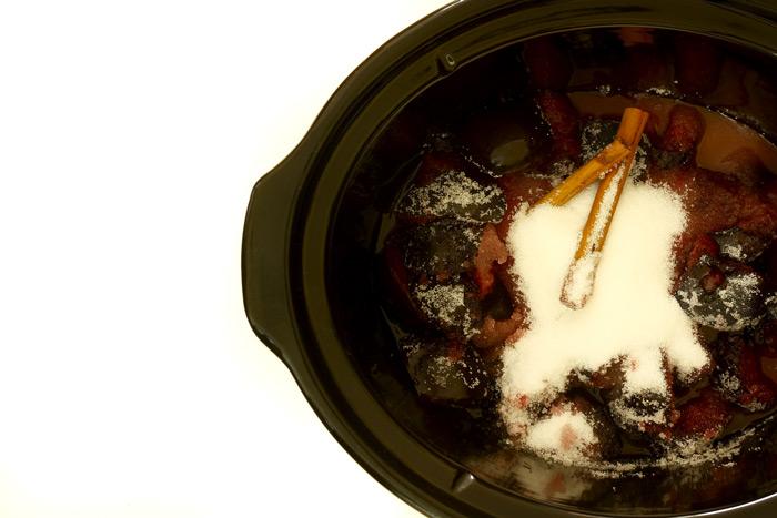 Mermelada de ciruelas con canela en Crock Pot