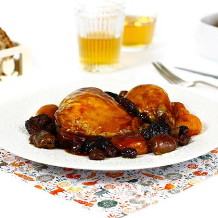 Pollo con orejones, ciruelas y dátiles. Receta para crock pot