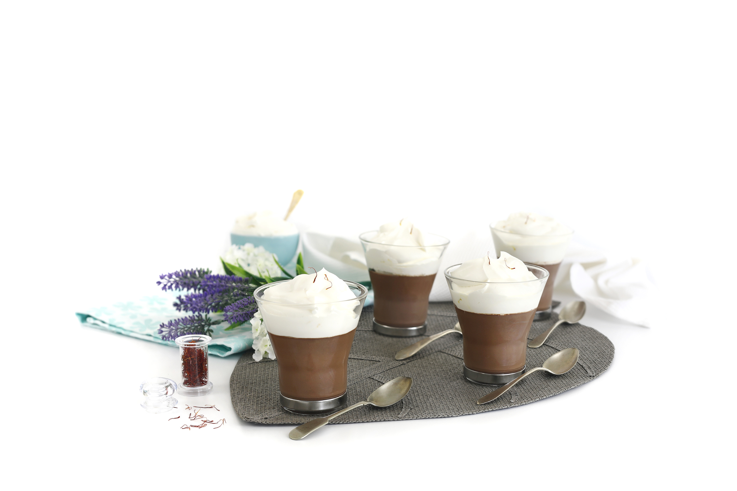 Copa de chocolate al azafrán