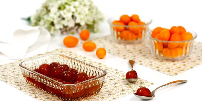 Kumquats confitados