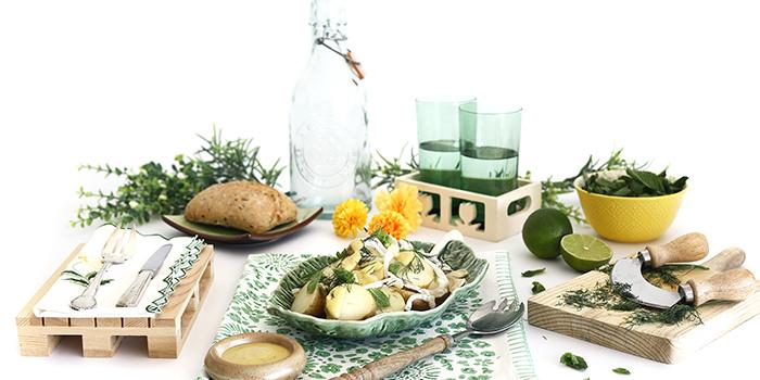 Ensalada de patatas, hinojo y hierbas